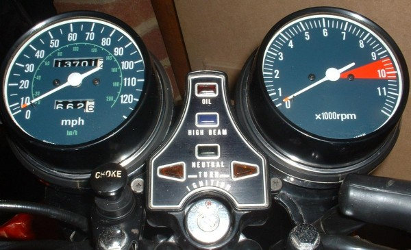 Honda CB550K3 Clocks