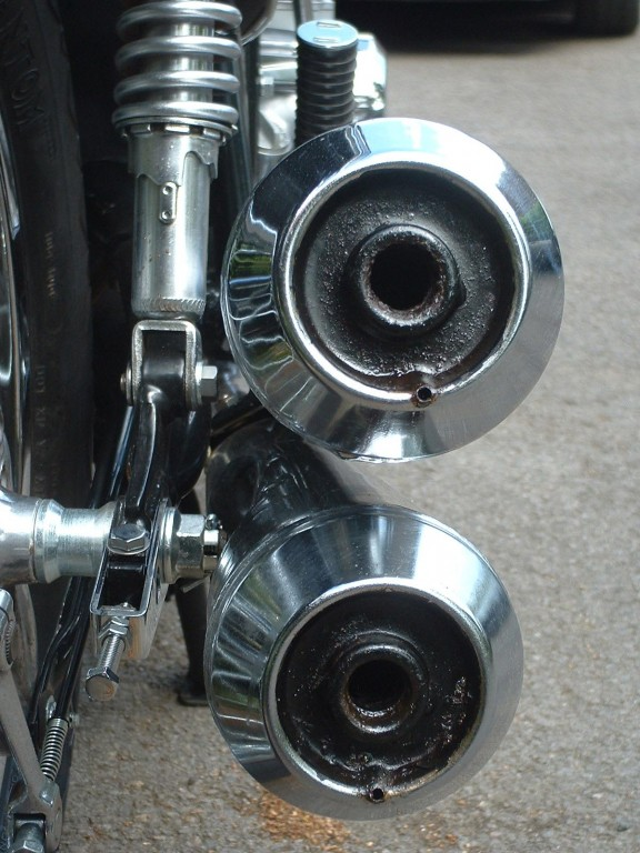 Honda CB550K3 Exhausts