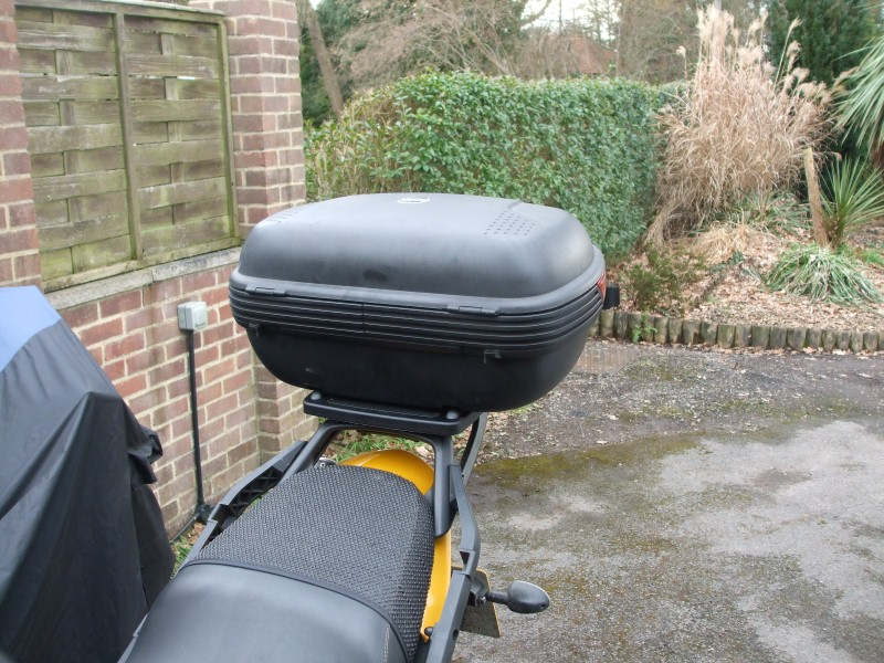Givi E360 Top Case fitted to Tiger 1050 using E250 Adaptor Plate